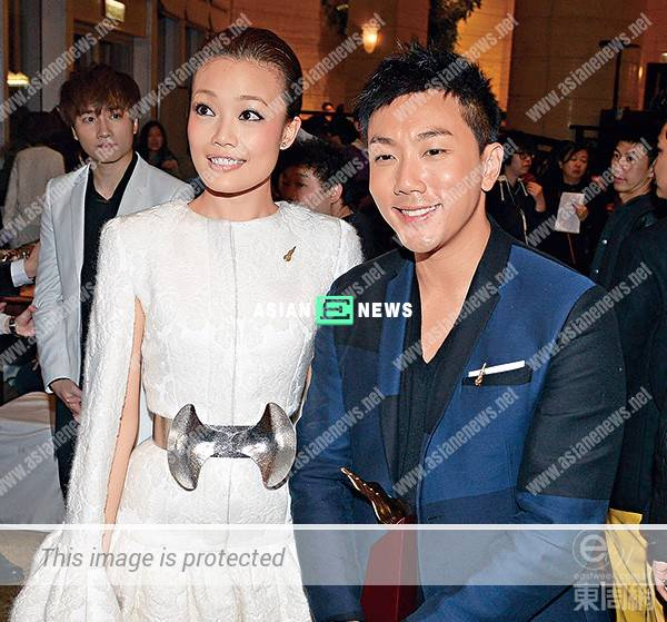 Joey Yung splurges $2 billions to heal her relationship wounds
