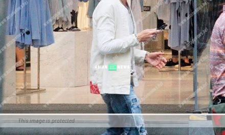 Raymond Wong has good fashion sense when shopping at Causeway Bay