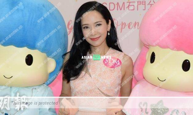 43 years old Sonija Kwok gives up on having another baby