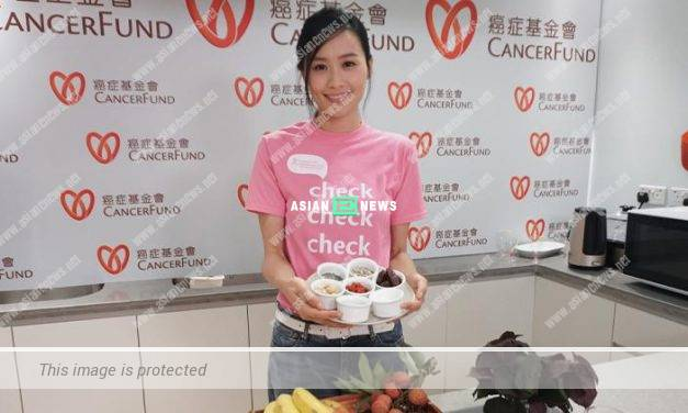 Fala Chen cooks healthy food to promote cancer precaution