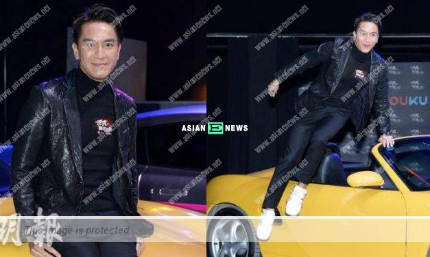Kenneth Ma jumps out after failing to open the car door
