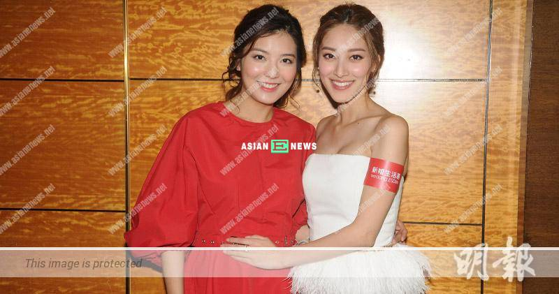 Grace Chan touches expecting Phoebe Sin to get good luck