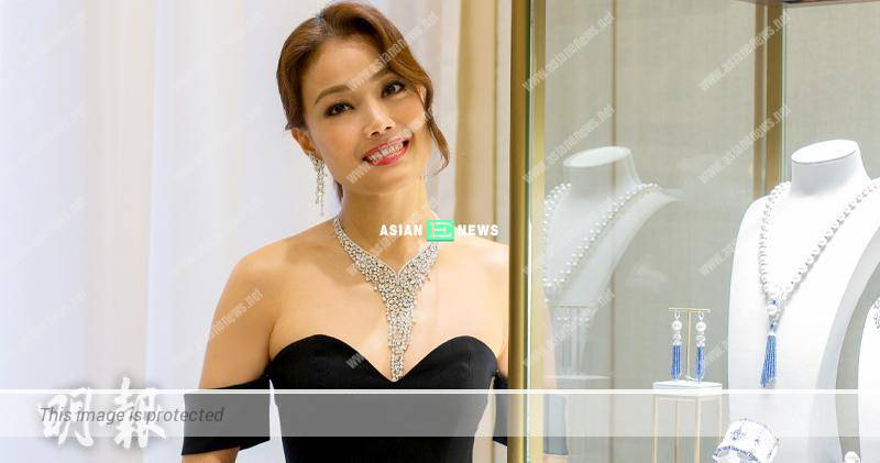 "Joey Yung holds concert in Taiwan and denies she is a ""crying leader"""