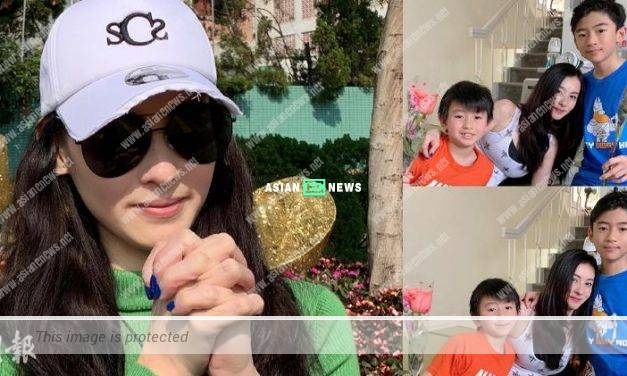 Cecilia Cheung receives flowers on Valentine's Day: Sweet Day