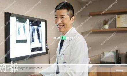 Steven Ma plays a doctor again in an advertisement