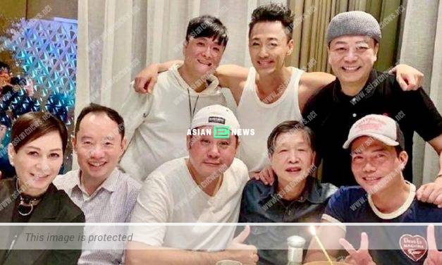 Have conflicts? Bobby Au Yeung and Raymond Lam take photo together