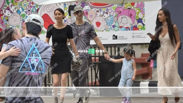 Vanness Wu is full of fatherly love when taking care of his goddaughter