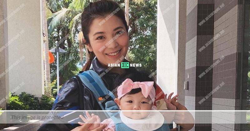 Phoebe Sin drove and took her daughter out for the first time
