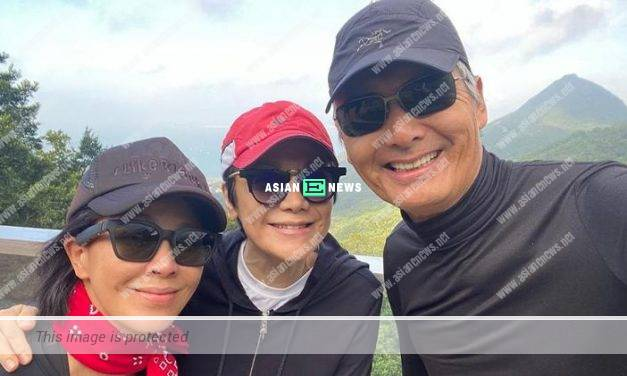 Carina Lau and Chow Yun Fat go for hiking to see beautiful sceneries
