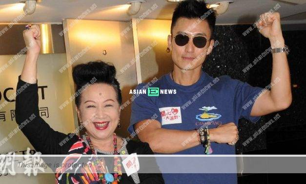 Joel Chan learned how to take care of baby through online researches