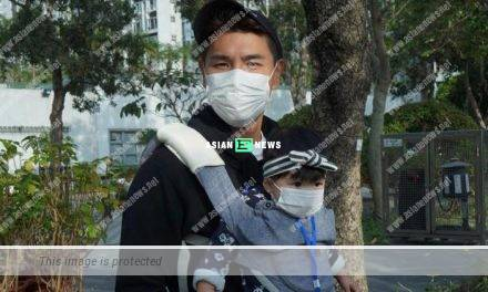 Ruco Chan takes his daughter out; Netizens praise she is a good girl