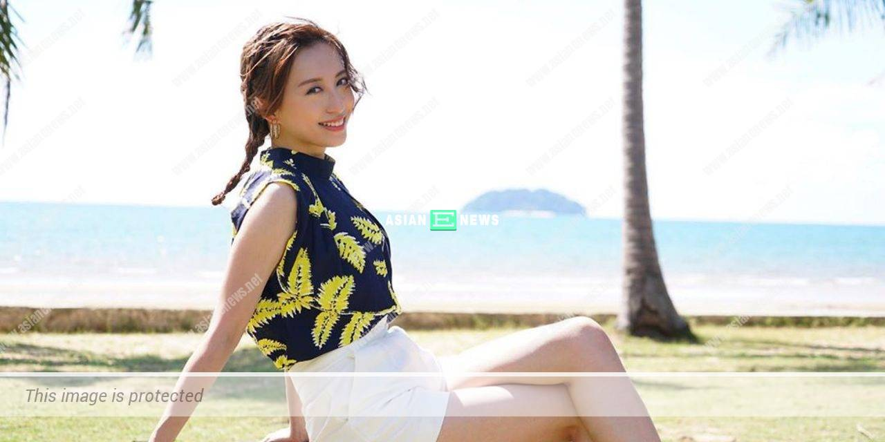 Katy Kung enjoys the sea scenery in her house