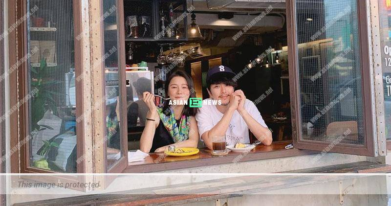 Edwin Siu and his wife Priscilla Wong have high tea together