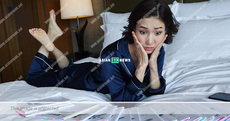 Linda Chung gives the wrong expression when facing the script?