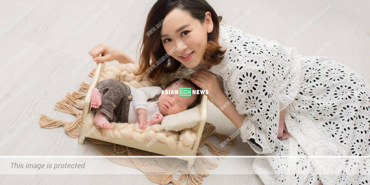 42-year-old Shirley Yeung looks young because of her baby face?