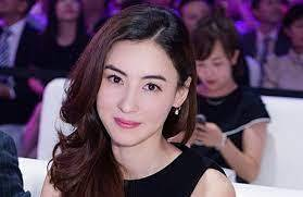 Cecilia Cheung has a growing belly; Is she pregnant again?