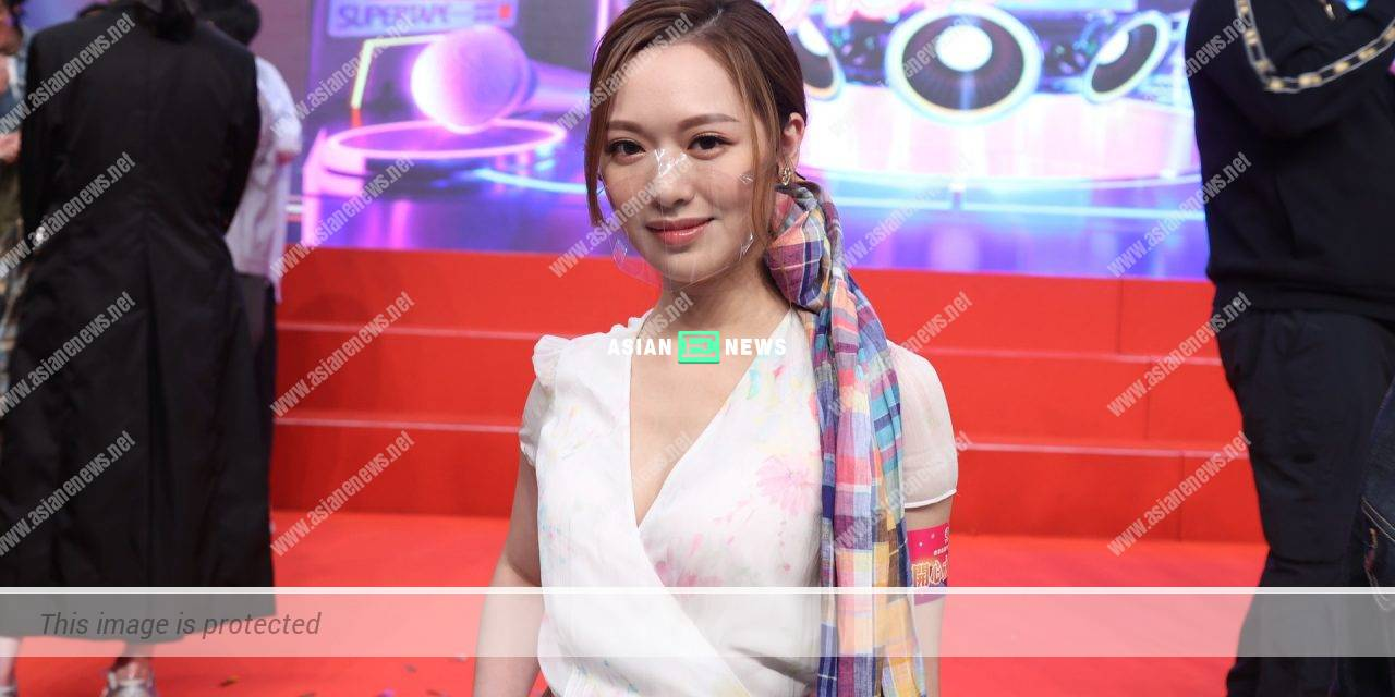 """Humble Crystal Fung feels she does not deserve """"Variety Show Queen"""" title"""