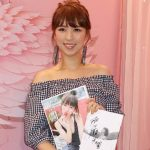 Snow Suen releases her photo album but is disapproved by her father
