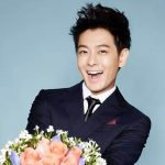 Netizens praised Jimmy Lin looks younger than his old classmates at a gathering